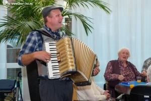 Accordeonist Hiddo van Os, gezellige live accordeonmuziek!